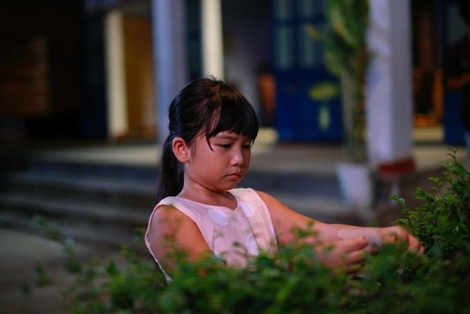 Bé 9 tuổi gây chú ý trong 'Cô gái đến từ hôm qua'