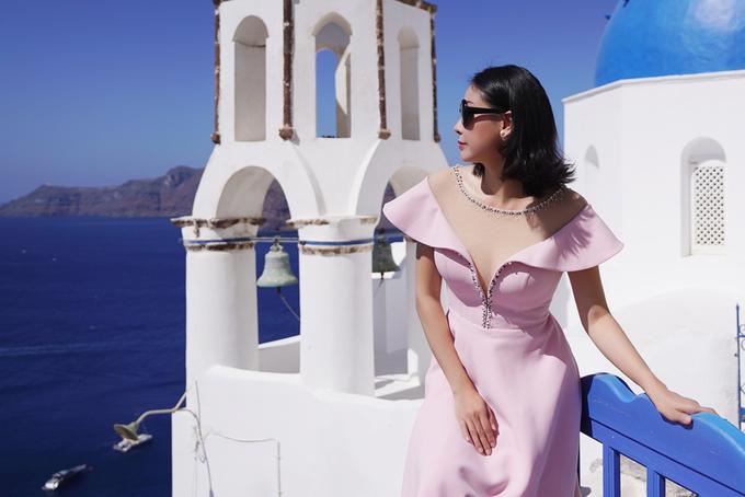 Vợ chồng Hà Kiều Anh kỷ niệm 10 năm ngày cưới ở Hy Lạp