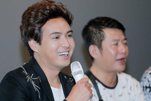 Hồ Quang Hiếu cười khi nhắc đến chuyện Bảo Anh chê anh diễn đơ.