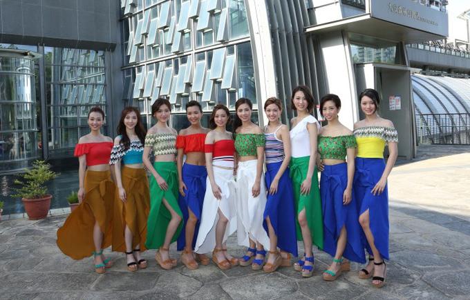 'Tiên nữ Lý Nhược Đồng' tự tin ở Hoa hậu Hong Kong