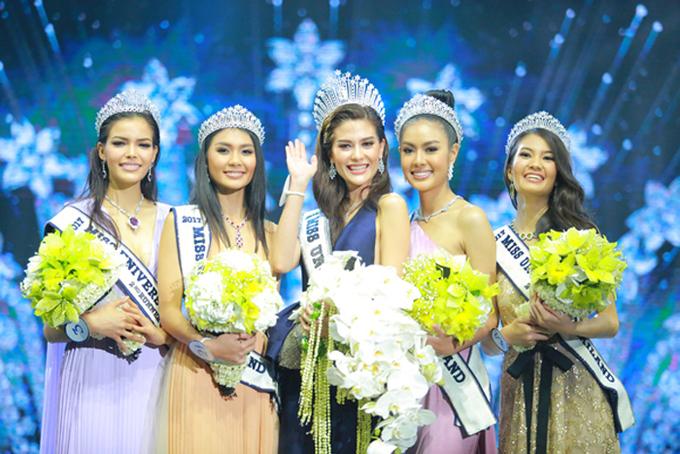 <p> Tân Hoa hậu Hoàn vũ Thái 25 tuổi, cao 1,84 m, là một người mẫu.</p>