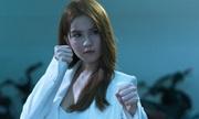 Ngọc Trinh mặc crop-top đánh trả giang hồ trong phim mới