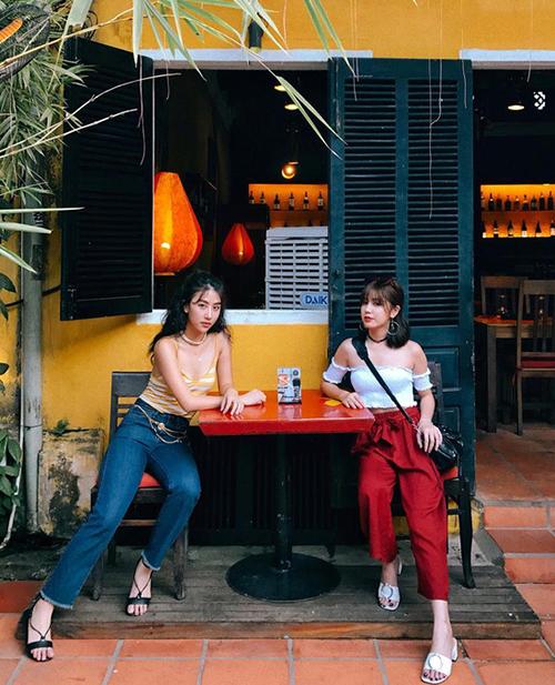 Sao Việt đua nhau diện bra-top khoe bụng