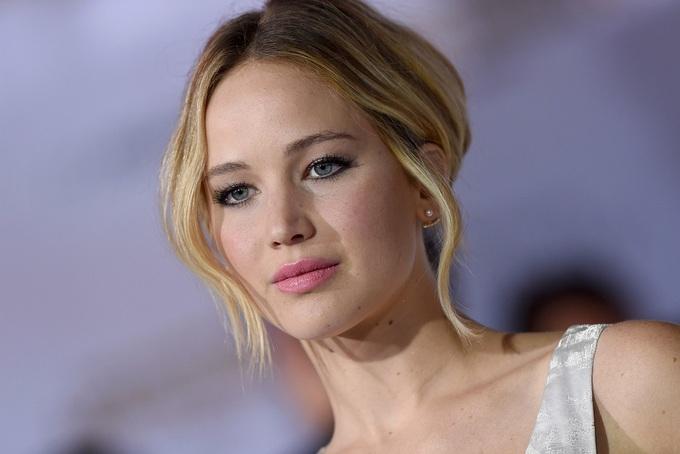 Các người đẹp Hollywood từng bị chê thừa cân