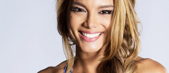 Zuleyka Rivera - Hoa hậu Hoàn vũ nóng bỏng trong 'Despacito'