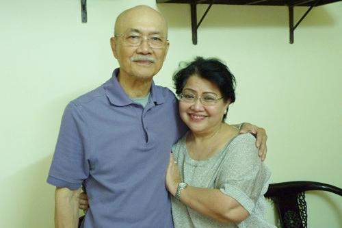 NSND Diệp Lang bên vợ.