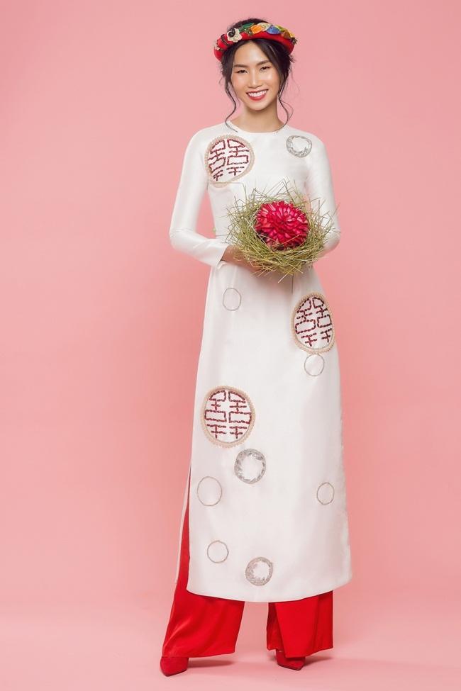 Áo dài cưới của Thủy Nguyễn lấy cảm hứng từ chữ song hỷ