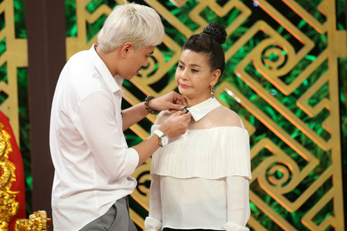 Cát Phượng không ngại khi khán giả chú ý mối tình chênh nhau 18 tuổi giữa cô và Kiều Minh Tuấn.