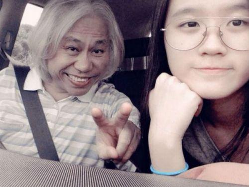 Lý Khôn Thành (58 tuổi) - tác giả phần lời của nhiều ca khúc khá nổi tiếng Đài Loan - công khai yêu thiếu nữ Lâm Tĩnh Ân (18 tuổi) từ năm 2013