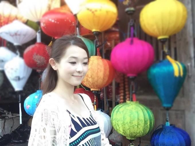 Người đẹp Hong Kong khoe dáng trên biển Đà Nẵng