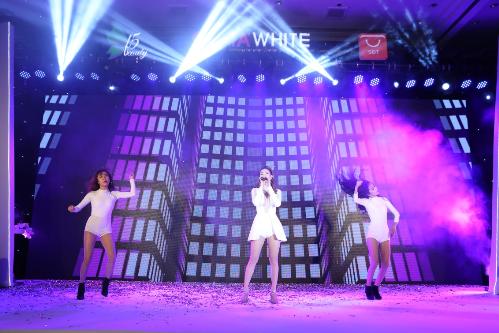 f5-group-so-huu-va-phat-trien-my-phm-cao-cap-gluta-white-3