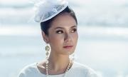 Việt Trinh diện nhiều kiểu váy dạo biển Cần Giờ