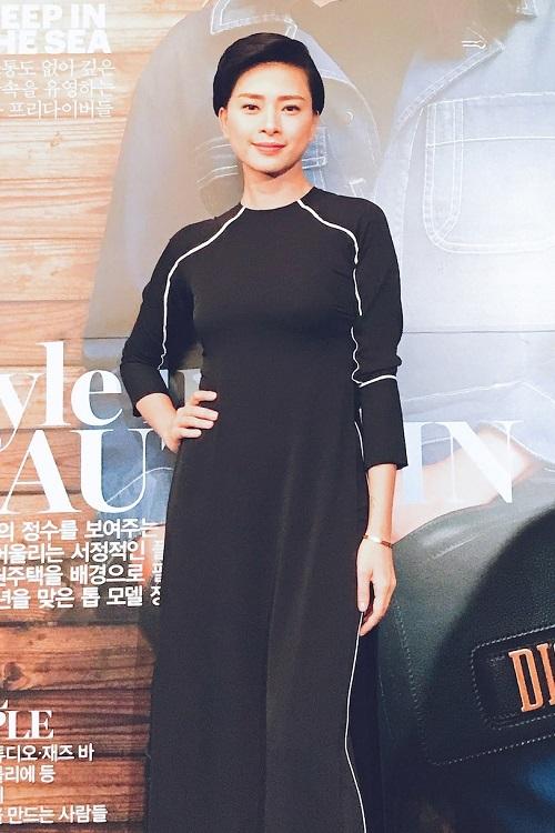 Lan Ngọc đoạt giải 'Gương mặt châu Á' ở Liên hoan phim Busan