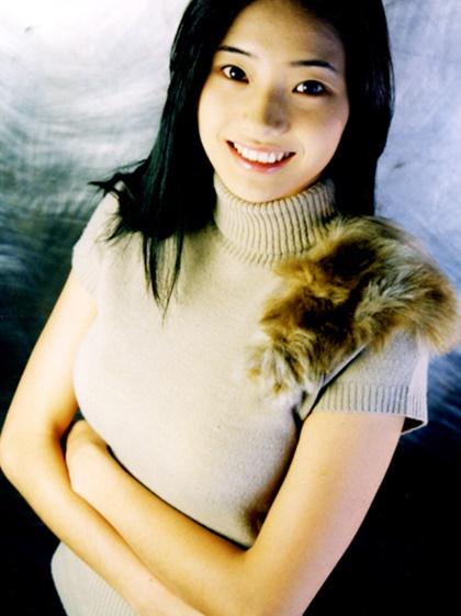 nhan-sac-tuoi-doi-muoi-cua-bup-be-xu-han-han-chae-young-1