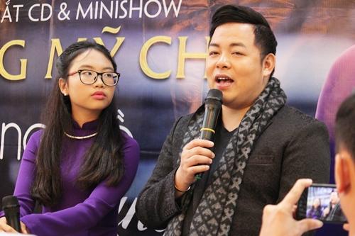 Phương Mỹ Chi (trái) và Quang Lê ở buổi họp báo. Ảnh: M.N.