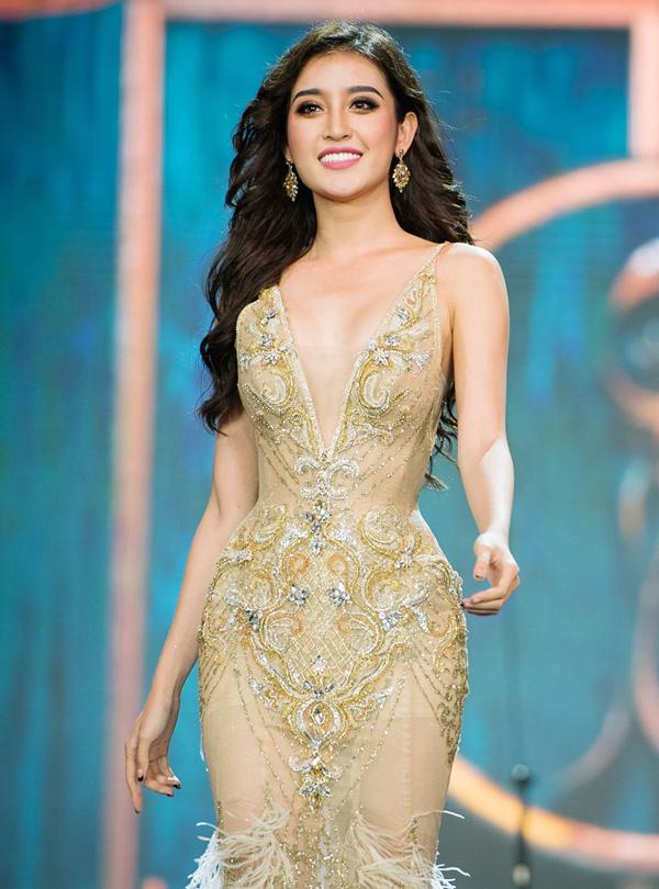<p> Huyền My của Việt Nam có cơ hội vào Top 10 và lập thành tích cao nhờ ngoại hình và thần thái luôn nổi bật. Bị đánh giá còn rụt rè ở các vòng đầu, càng đến gần chung kết, cô càng có chuyển biến tích cực tại cuộc thi. Người đẹp cao 1,76 m, có số đo ba vòng 91-63-96 cm. Trong các cuộc bầu chọn của Miss Grand, Huyền My luôn trong nhóm dẫn đầu.</p>
