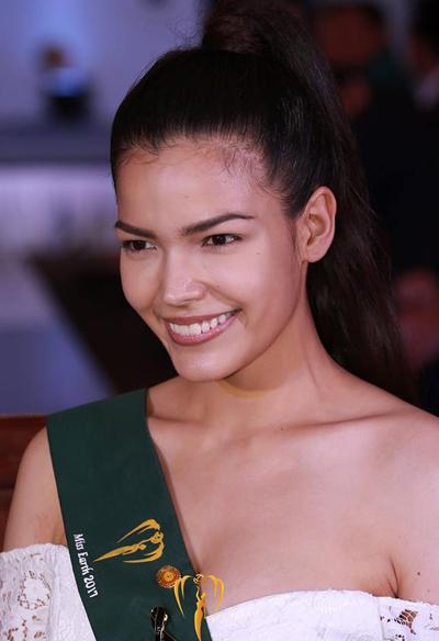 Vẻ đẹp châu Á nổi bật của Hoa hậu Thái Lan.