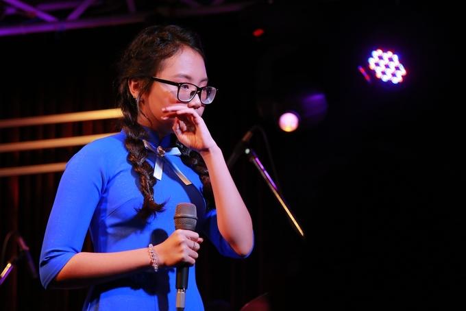 Phương Mỹ Chi xin lỗi mẹ vì sớm chịu thị phi