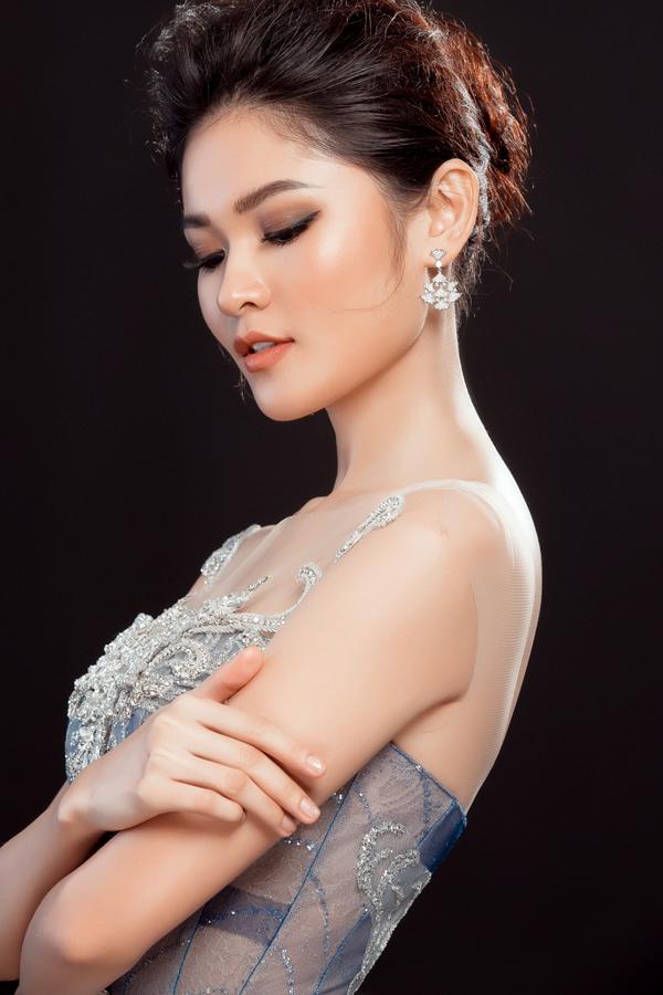 Váy dạ hội ombre của Thùy Dung tại Hoa hậu Quốc tế