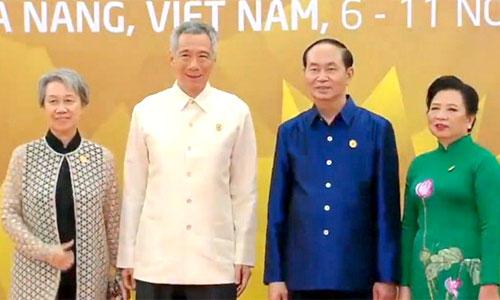Thủ tướng Singapore Lý Hiển Long và phu nhân.