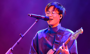 Nghệ sĩ 'cháy' hết mình ở lễ hội âm nhạc Monsoon