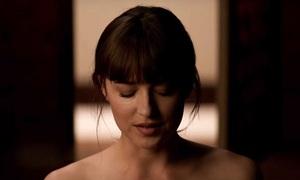 Trailer phần ba '50 sắc thái' lại gây sốt vì 'cảnh nóng'