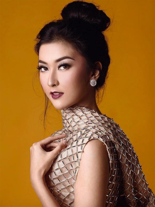 <p> Hoa hậu có gương mặt đậm nét châu Á pha chút hiện đại.</p>