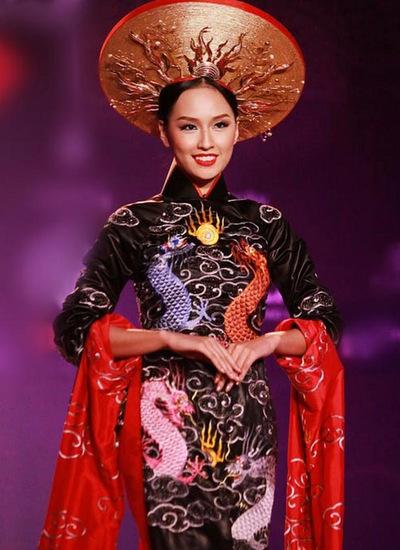 nhan-sac-viet-nam-qua-cac-mua-miss-world-4