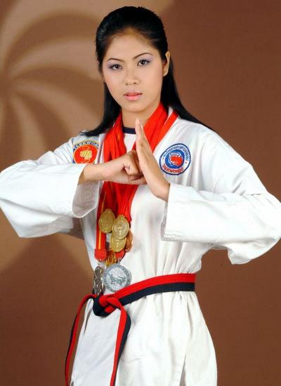Nguyễn Đình Thụy Quân là đại diện Việt Nam tại Miss World 2003. Cô cao 1, 73 m, số đo 85-60-92. Thụy Quân được đánh giá cao nhưng không đạt thành tích nào.