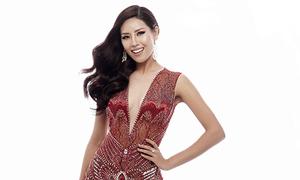 Nguyễn Thị Loan chọn đầm xuyên thấu khoe đường cong ở Miss Universe