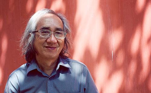 Nhà văn Nhật Chiêu là tác giả của hàng chục đầu sách văn chương, nghiên cứu văn học...
