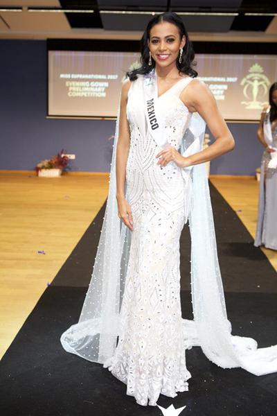 Hoa hậu Mexico Samantha Leyva.