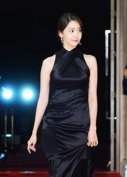 nghe-si-han-tuong-niem-sao-qua-co-kim-joo-hyuk-tren-san-khau-rong-xanh-4