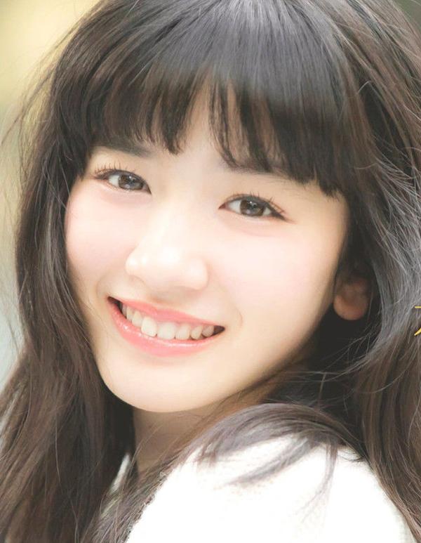 <p> Mỹ nhân 18 tuổiNagano Mei xếp thứ năm. Cô là diễn viên, người mẫu thuộc công ty quản lýStardust Promotion. Năm nayNagano Mei ra mắt các phim <em>Mix</em>,<em>Peach Girl</em>...Nagano Mei có lượng fan đông đảo ở một số nước châu Á nhờ vẻ đẹp trong trẻo.</p>