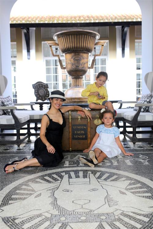 Điểm nghỉ dưỡng yêu thích của gia đình sao Việt