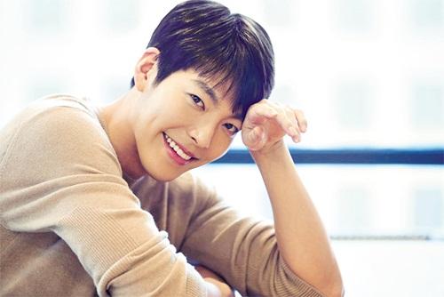 Diễn viên, người mẫu Kim Woo Bin.