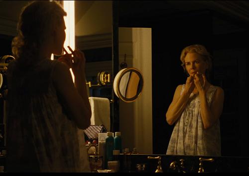 NicoleKidman thủ vai người vợtrong phim.