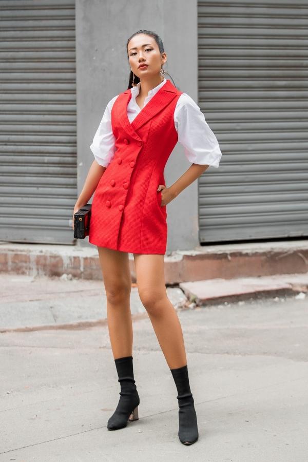 5 kiểu mặc cho nàng công sở muốn khoe chân