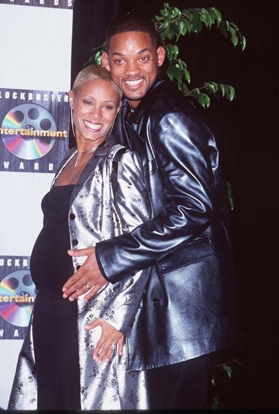 Năm 1998, Jada Pinkett mang bầu con trai đầu lòng - Jaden Smith.