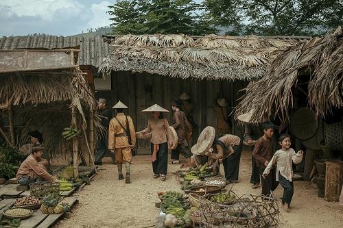 Một cảnh làng quê trong Người bất tử.