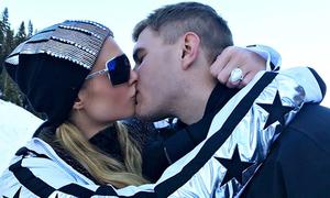 Paris Hilton được cầu hôn bằng nhẫn 2 triệu USD