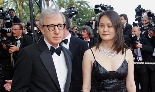 Woody Allen cùng người vợ Soon Yi.