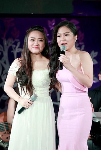 Phương Thanh (trái) và Hương Tràm.