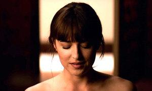 Trailer có cảnh nóng của '50 sắc thái' phần ba gây sốt tuần qua