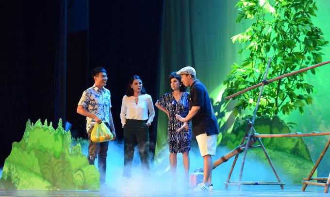 Cát Phượng đóng vai mẹ Kiều Minh Tuấn trong 'Sui gia đối mặt'