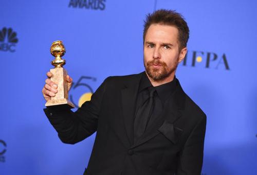 Sam Rockwell thắng giải Diễn viên phụ xuất sắc phim điện ảnh với vai diễn trong phim Three Billboards Outside Ebbing, Missouri.