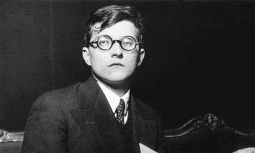 Nhà soạn nhạc Dmitri Shostakovich.
