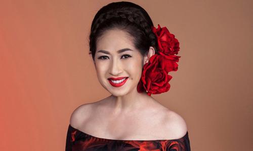 Nữ ca sĩ Ý Lan.