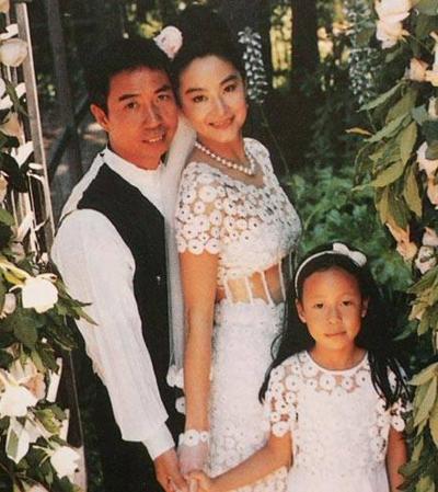 Vợ chồng Lâm Thanh Hà và con gái Hình Gia Thiên.