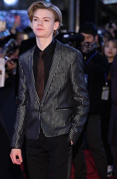 Thomas Brodie-Sangster được khán giả nhớ đến nhờ bộ phim Love Actually. The Maze Runner là loạt phim đánh dấu sự trưởng thành của diễn viên 27 tuổi người Anh.